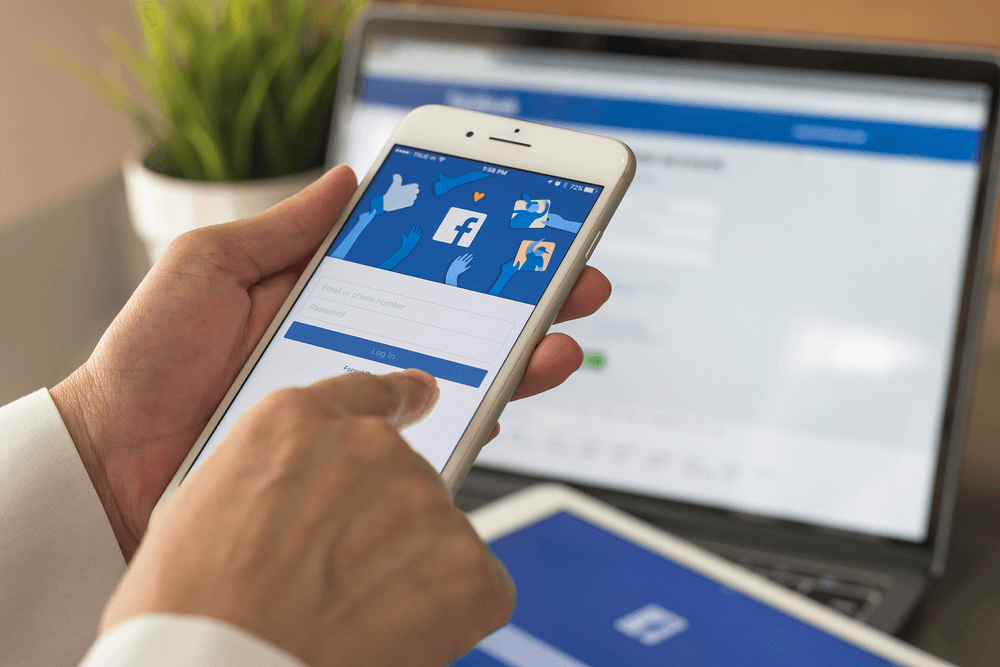 6 Ways to Leverage Facebook Advertising for More Followers, Growth & Sales